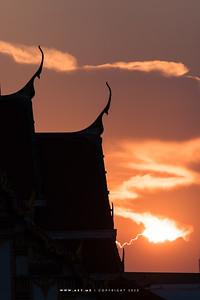 Sunset at Wat Rakhang