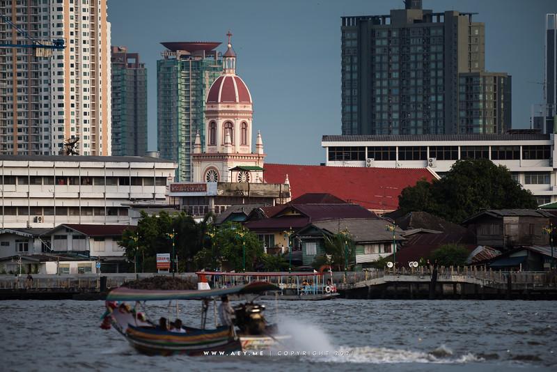 Santa Cruz Church and Chao Phraya River