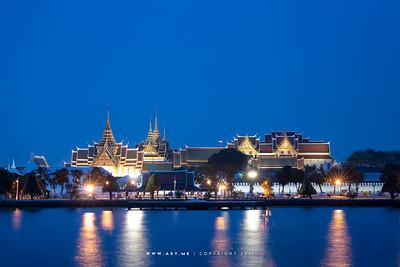 Twilight at the Grand Palace and Chao Phraya River