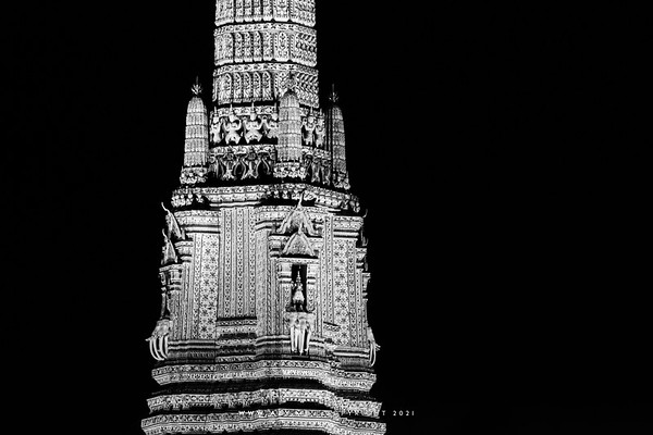 Wat Arun view from Vivi the Coffee Place