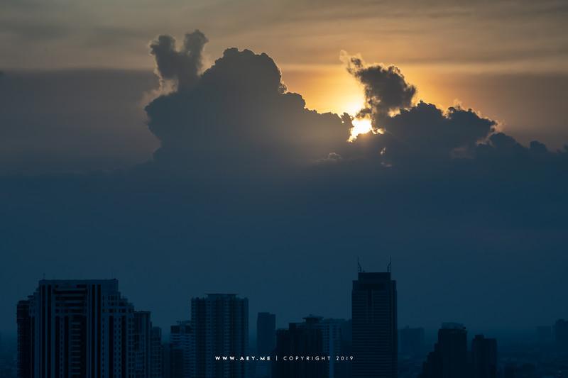 Sun, Colud & Sky over Bangkok & Thonburi