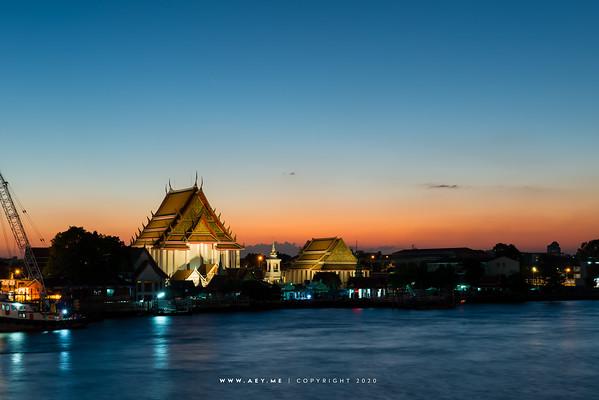 Wat Kalayanamitr, and Chao Phraya River