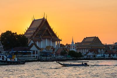 Wat Kalayanamitr, and Chao Phraya River view from Yodpiman River Walk