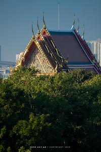 Wat Pho (Wat Phra Chetuphon) and Saranrom Park