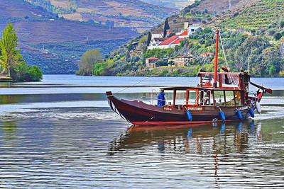 04152018_Pinhao_Portugal_Douro_Tawny_on-the-River_750_6680