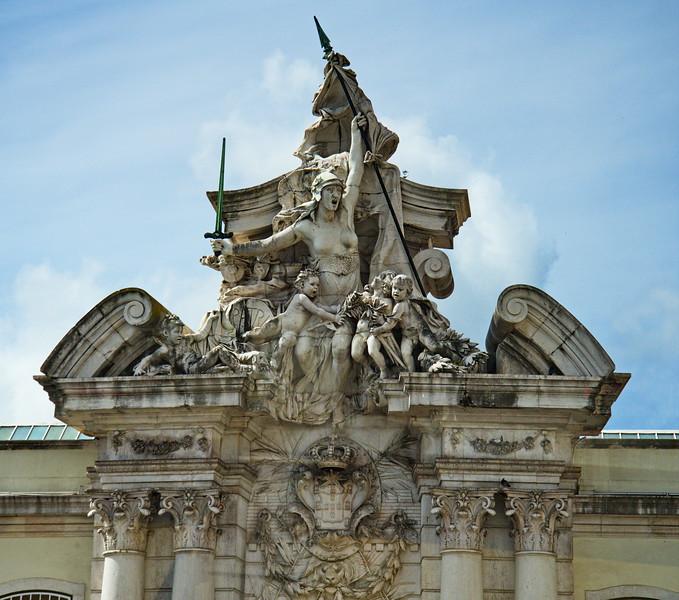 04092018_Lisbon_Portugal_Statue_750_5913