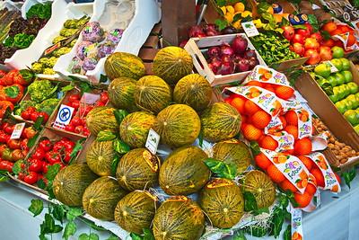 04062018_Madrid_Spain_Fruit_Market_Shelve_750_5778