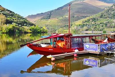 04142018_Pinhao-Portugal_Tourist_Boat_750_6467