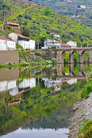 04142018_Pinhao-Portugal_River-Pinhao_750_6439