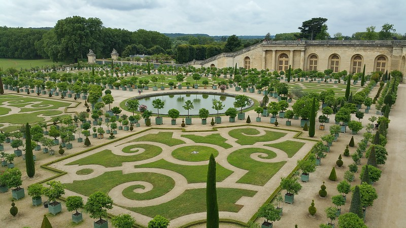 A day trip to Versailles was in order and the amazing gardens that go on forever!
