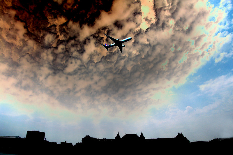 Airliner over Budapest