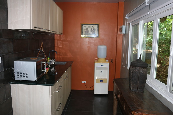 Villa Colugo enjoys a Kitchenette