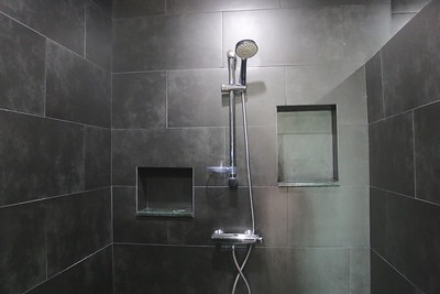 Colugo One Bedroom Seafront Villa bathroom, East Coast, Ko Lanta