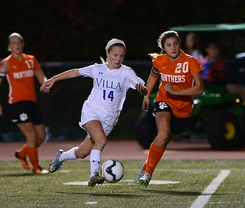 Villa Jo Marie senior Murphy Agnew's (14) two goals gave the Jems an early lead in 3-0 win over East Pennsboro in the opening round of the PIAA girls soccer tournament Nov. 8 at Council Rock North. (John Gleeson – 21st-Century Media)