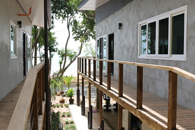Loris Two Bedroom Seafront Villa Walkway, East Coast, Ko Lanta