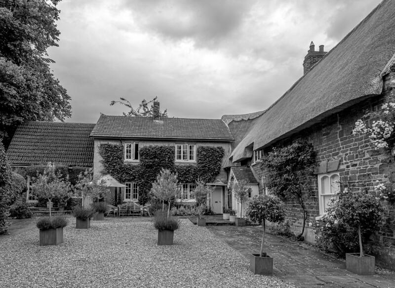 Rock Springs, Flore, Northamptonshire
