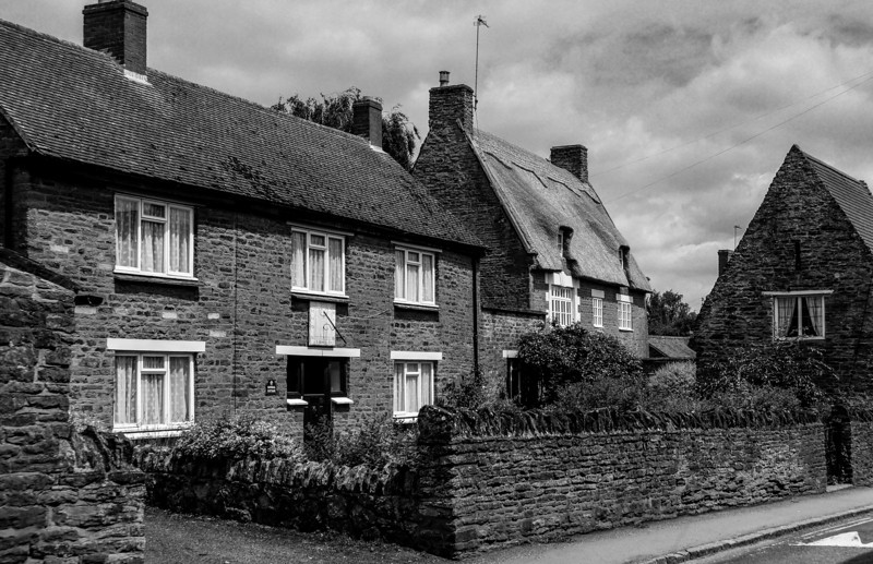 Sundial Cottage, Moulton, Northamptonshire