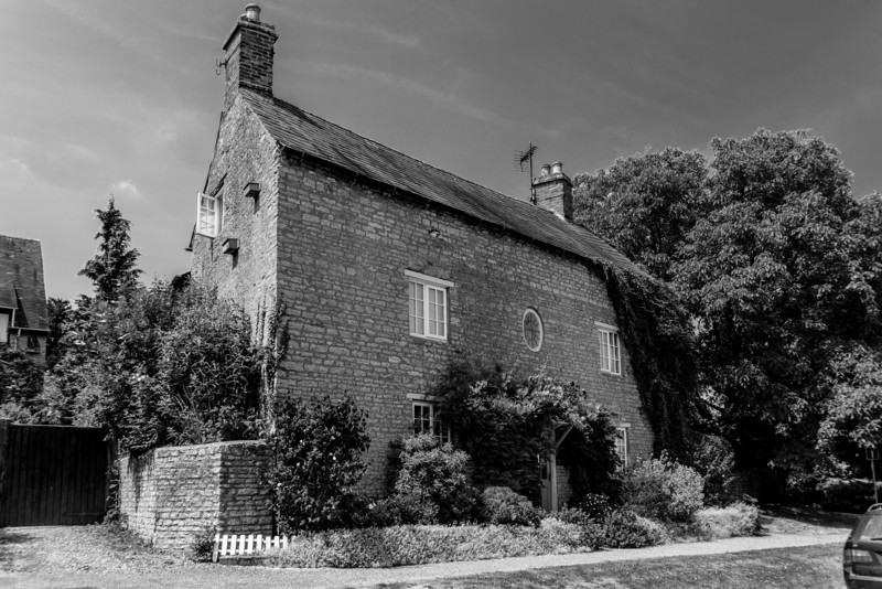 Tall Cottage, Castle Ashby Road, Yardley Hastings, Northamptonshire