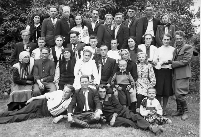 Торське, 1951: весілля Марії Стасюк