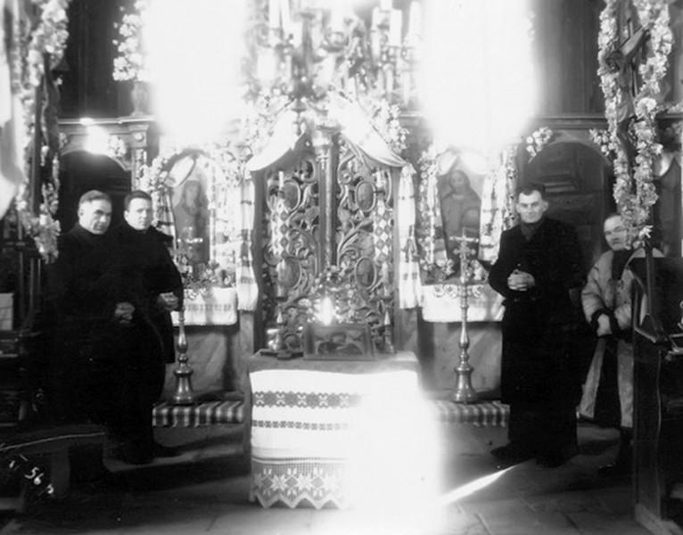 Торське, церква Благовіщення Пресвятої Марії. Михайло Стасюк, н/о, священник, н/о,