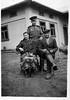 Торське. 1952. сидять М і Михайло Стасюки у військовій формі Василь Стасюк