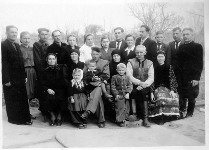 Торське. Родина Стасюків.