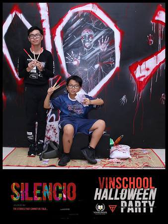 Silencio-Vinschool-Haloween-Party-instant-print-photobooth-Chup-hinh-in-anh-lay-lien-Halloween-2019-WefieBox-Photobooth-Vietnam-100