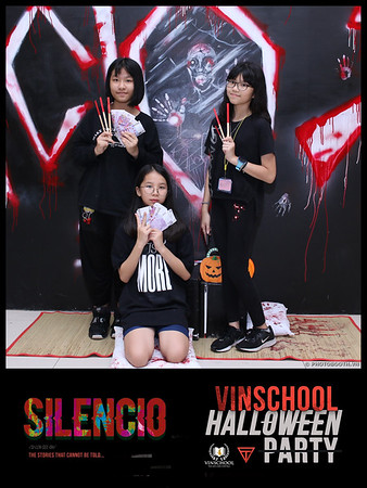 Silencio-Vinschool-Haloween-Party-instant-print-photobooth-Chup-hinh-in-anh-lay-lien-Halloween-2019-WefieBox-Photobooth-Vietnam-069