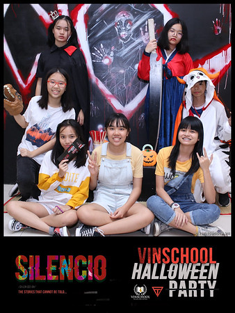 Silencio-Vinschool-Haloween-Party-instant-print-photobooth-Chup-hinh-in-anh-lay-lien-Halloween-2019-WefieBox-Photobooth-Vietnam-076