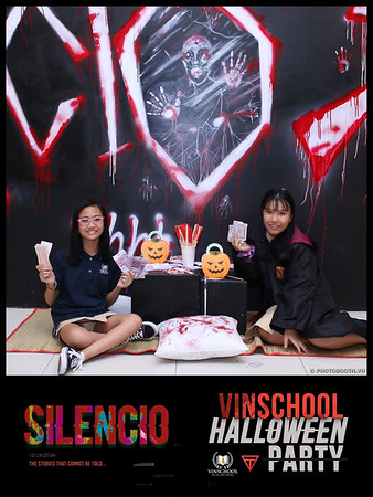 Silencio-Vinschool-Haloween-Party-instant-print-photobooth-Chup-hinh-in-anh-lay-lien-Halloween-2019-WefieBox-Photobooth-Vietnam-078