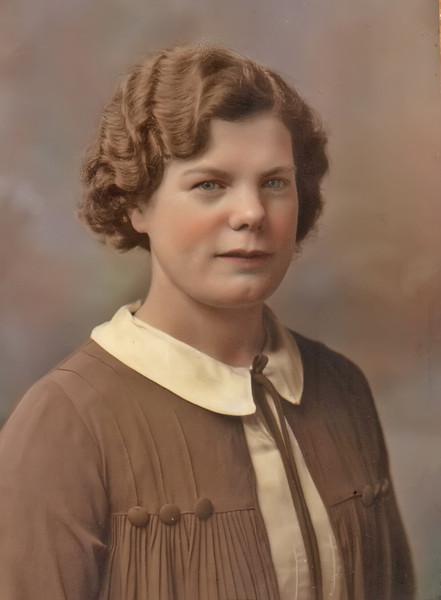 Violet Stephen (1910 - 1994)_E1