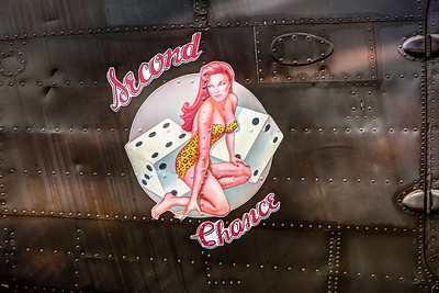 Second chance, Airplane Pinup Nose Art
