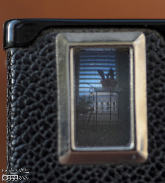 The top viewfinder, for portrait photos.
