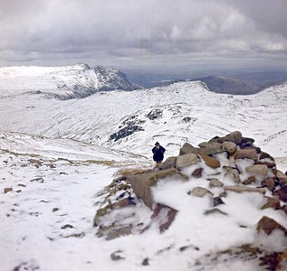 1972 : Esk Hause : The Langdale Pikes and Windermere