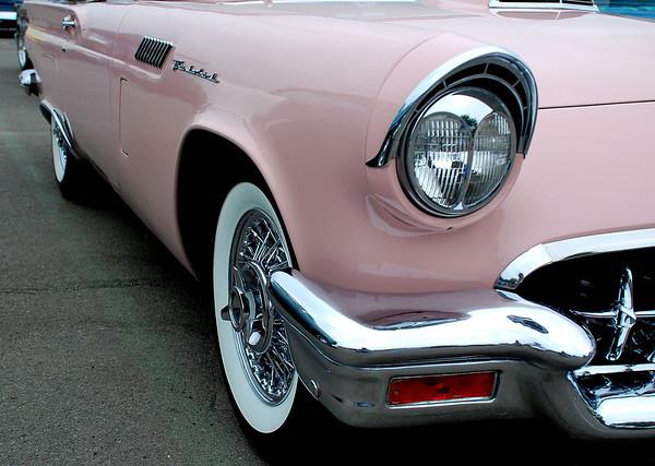 '57 PINK T BIRD