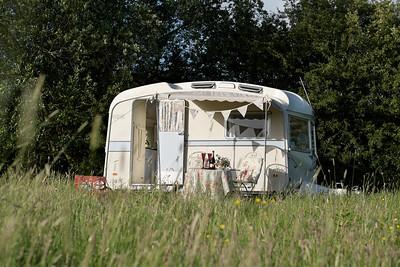 Vintage Caravan Glamping at  Elvey Farm, Kent