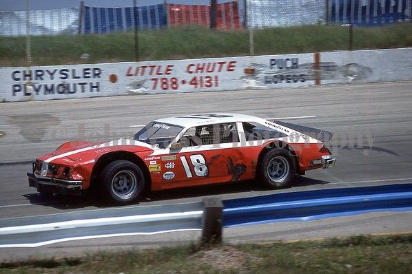 Wisconsin Int. Red Race 78