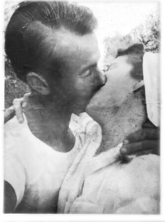 Willis and Helen Kiss