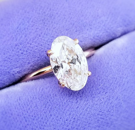 1.60ct Vintage Oval Diamond Ring - GIA H, VS1