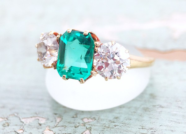 2.87ctw Natural Emerald and OEC Diamond Ring