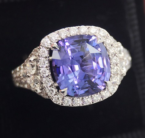 2.82ct Color Change Sapphire Ring