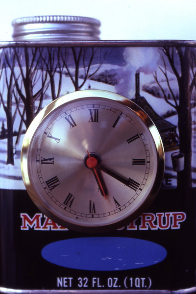 Syrup can clock
