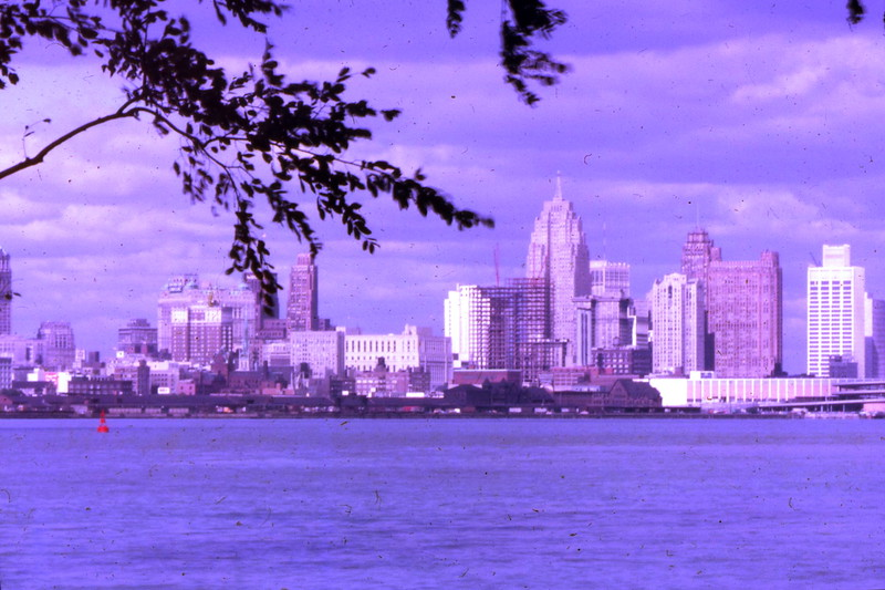 Detroit skyline - It looks like Cobo Hall is there, but not the RenCen, of course.
