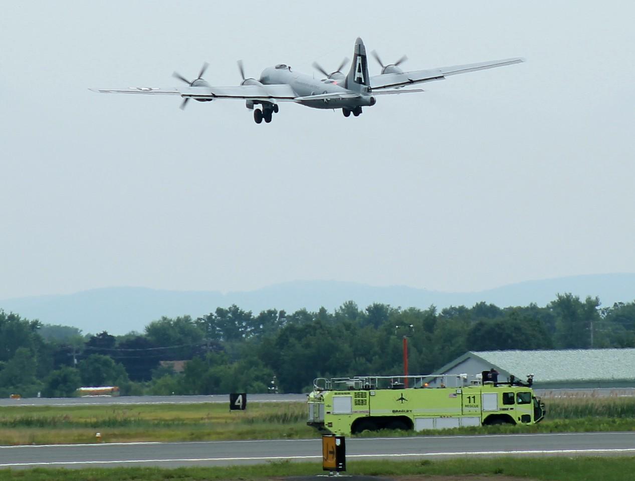 Commemorative Air Force B-29 Superfortress 'FIFI' departing rwy6 at KBDL