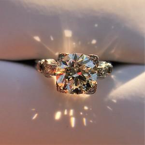 2.25ct Art Deco Transitional Cut Diamond Ring GIA J VS12.25ct Art Deco Transitional Cut Diamond Ring GIA J VS1