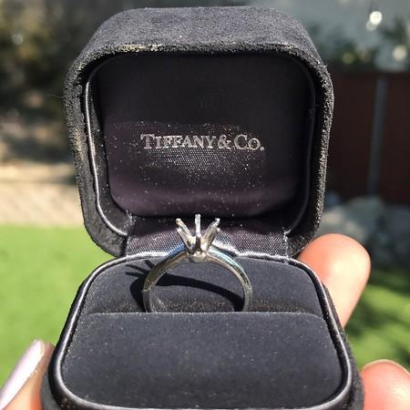 Vintage 6-prong Tiffany Mounting, Platinum