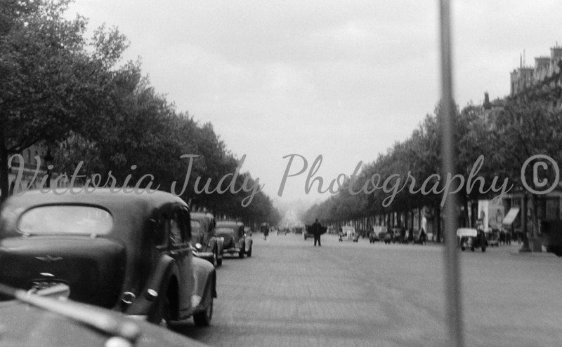 On The Way To The Arc de Triomphe ~ 1947<br /> <br /> Taken by Evelyn M. Stillwagon