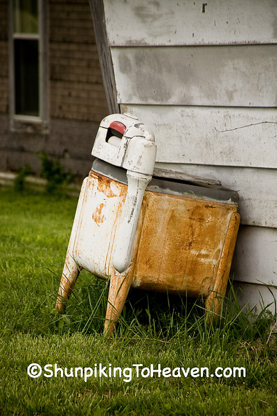 'Dead Wringer' - Old Wringer Washing Machine, Newton County, Arkansas