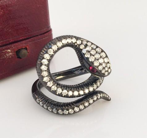 1.00ctw Diamond Serpent Ring