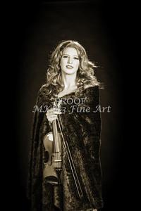 203.1854 Violin Musician Black and White